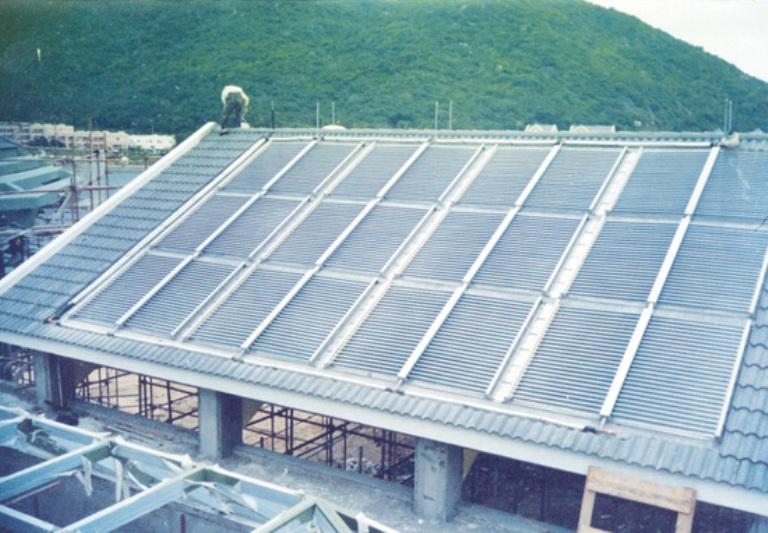 Buy 屋面板型太阳能热水工程