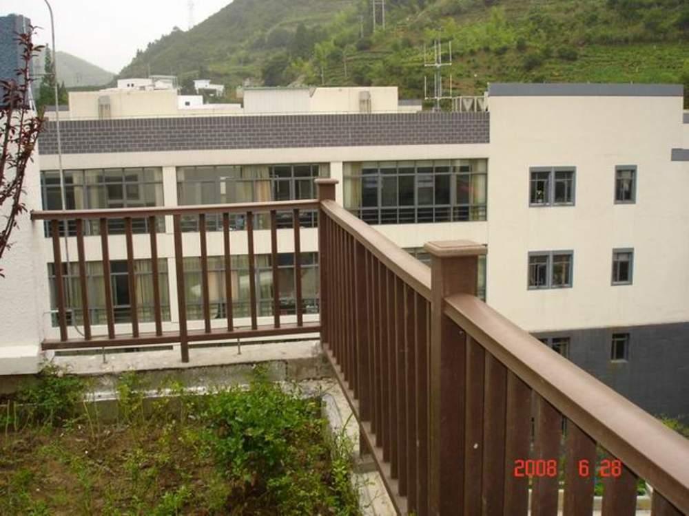产品名称:露台栏杆 产品生产厂家:黄山美森新材料