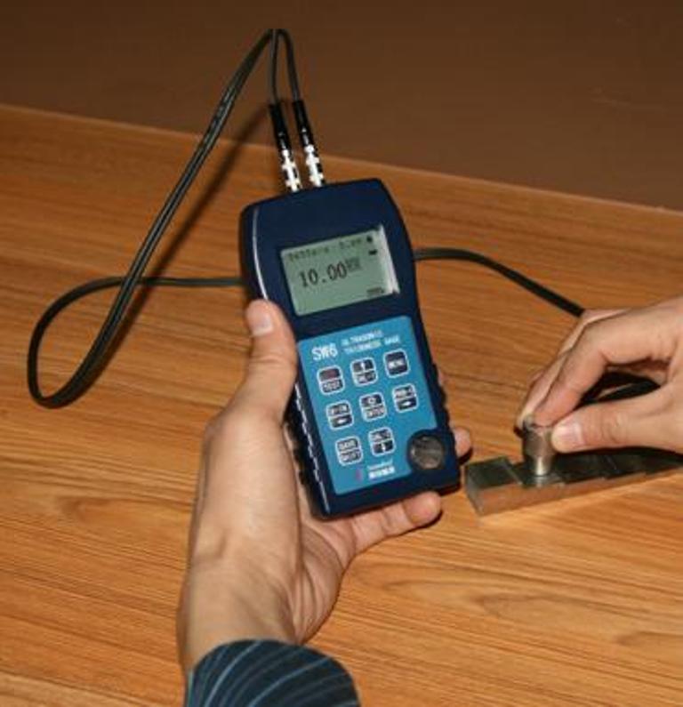 数字超声波测厚仪UT60