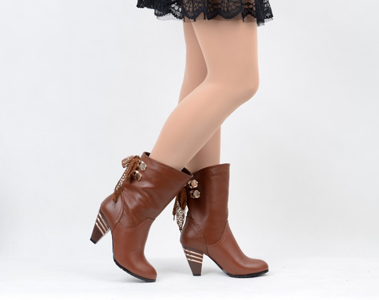 Buy Women leather shoes