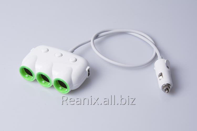 Car cigarette lighter converter Reanix, 3 sockets