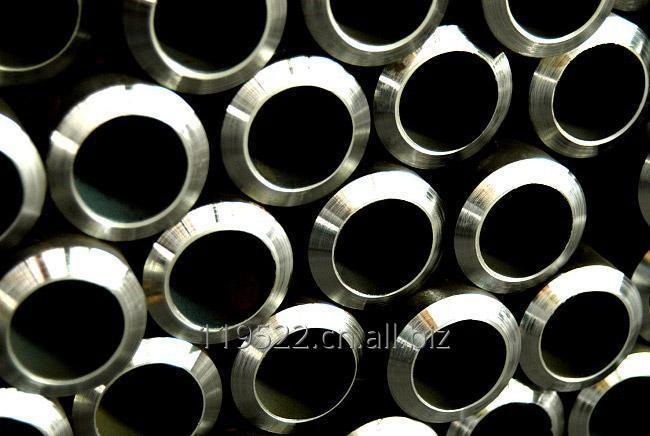 购买 ASTM A335 Alloy Pipes