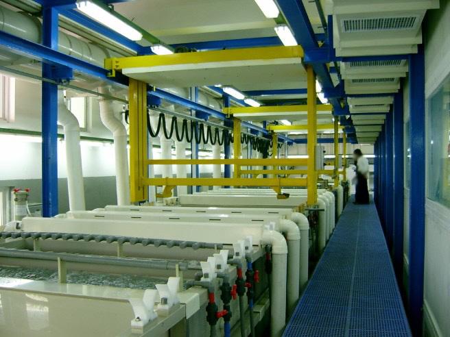 购买 全密封自动龙门塑胶电镀生产线