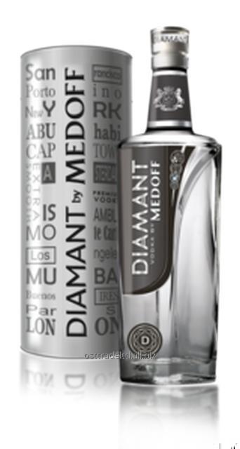 """购买 Vodka """"Diamant by Medoff"""" 0,7L (in tube, w/o tube) Ukraine."""