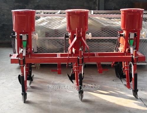 Common Corn Seeder. Model: 2BYF-6