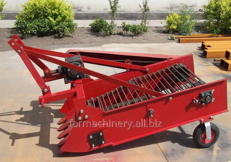 Potato or Cassava Harvester. Model: 4U-2
