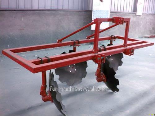 1 or 2 Rows Common Ridger. Model: 3Z-260