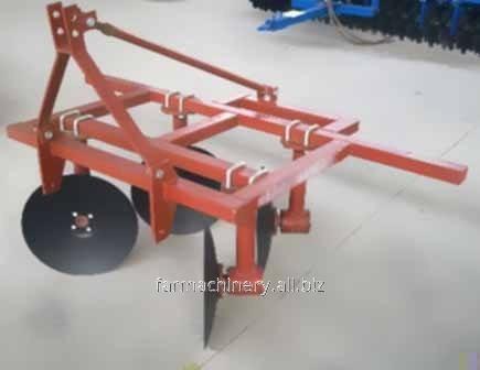 1 or 2 Rows Common Ridger. Model: 3Z-80