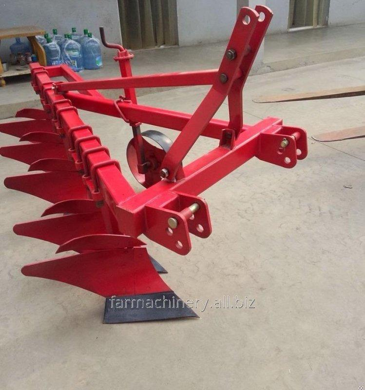 Share Plough . Model: 1L-325