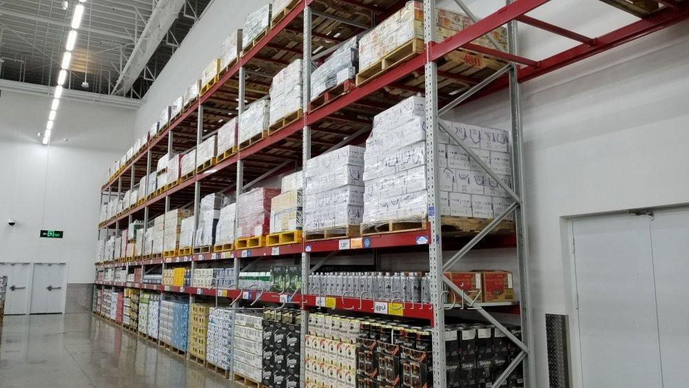 Buy USA Q235B Steel Teardrop Pallet Rack for Warehouse
