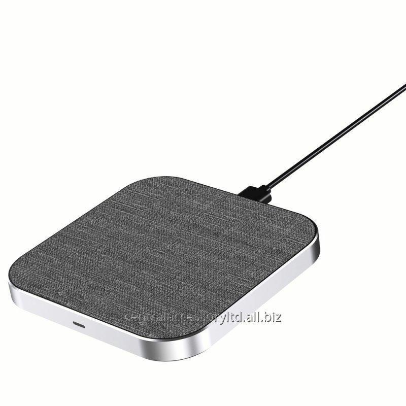 Buy MC-40 10W wireless charging receiver charging mat Factory FOD function High quality fabric material For Cellphone