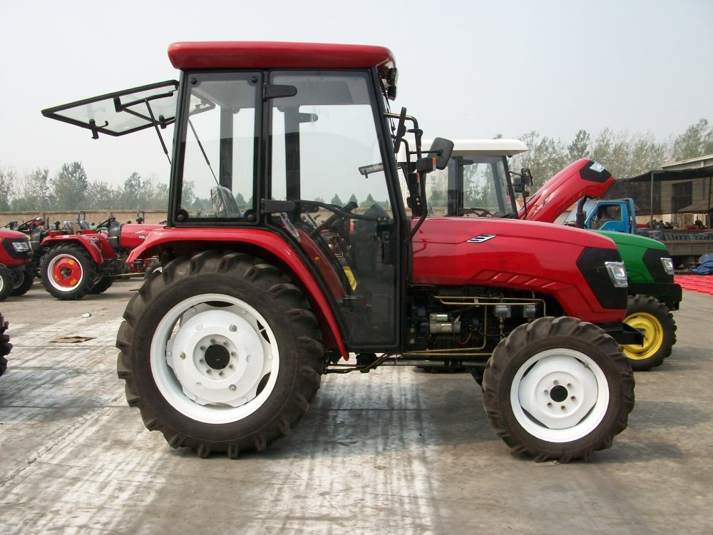 Buy Agriculture equipment 4wd 4x4 hp 30 40 50 60 70 80 90 100 120 140 160 180 hp farm
