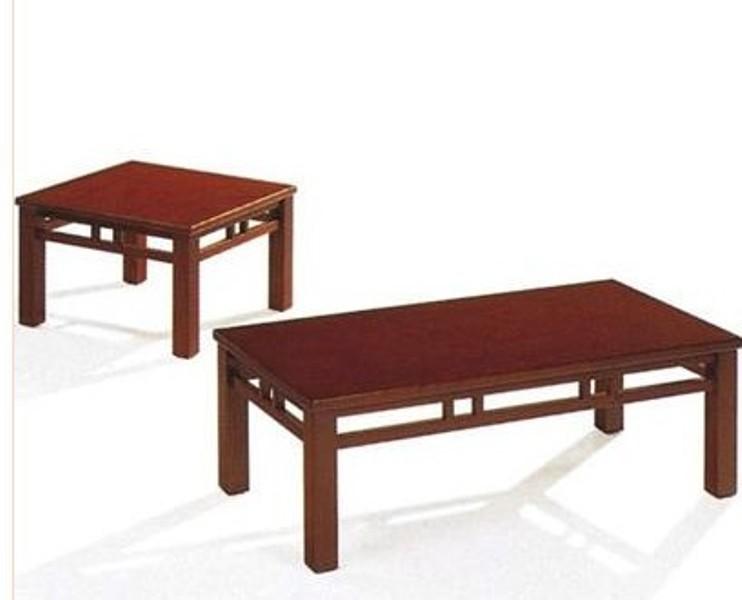 自然木材的桌子