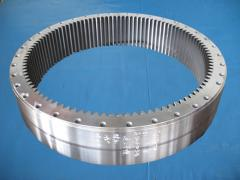 Gear rings for the gantry cranes