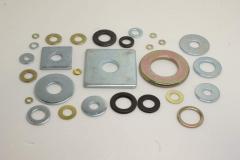 我们公司生产平垫圈,弹簧垫圈以及各种冲压件。