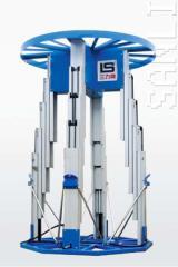 Hydraulic and telescopic elevators