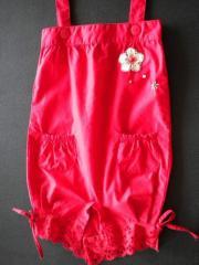 女婴背带裤