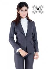 חליפות מכנסיים נשים
