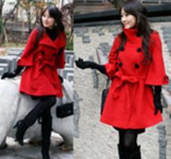 红色外套大衣