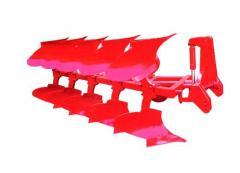 Hydraulic pivot plow