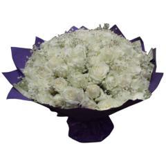 99枝白玫瑰花束
