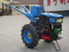 Cultivator for continuous cultivation