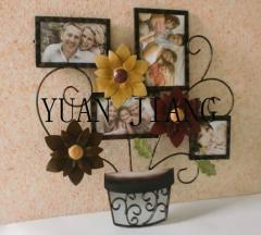 Exquisite Iron Crafts of Miniascape Photo Frame