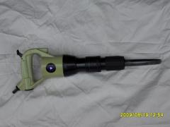 Chipping pneumatic hammer