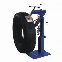 Vulcanizers of tires