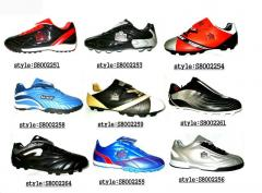 Trainers (for football)