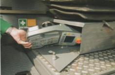 超级2100-2履带式摊铺机