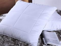 绗缝化纤靠垫