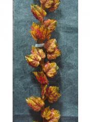 Guirlandas de flores artificiais