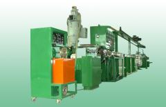 Machines for crimping wires