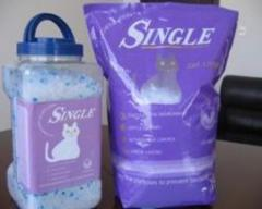Silica gel cat litter