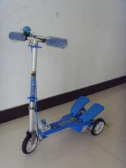 Dual Pedal Scooter