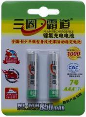 АА batteries