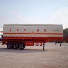 Oil tank truck