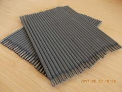 Electrodes straight lines for contact spot welding