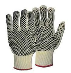 Three-fingered mittens
