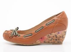 High heeled wedge lady shoe