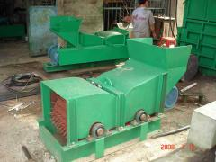 Husk rolling machine (coconut fibre machine-1).