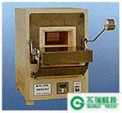 Laboratory chamber furnaces