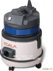 Vacuum cleaners for wet cleaning