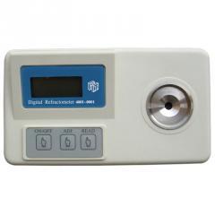 Refraktometers