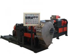 Chemical cross-linking cable material granulator