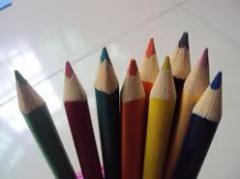 三角彩色铅笔