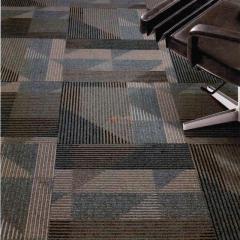 PV绒地毯