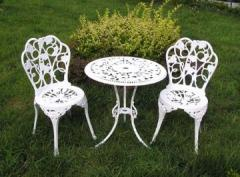 Сast alum or iron garden chair and table