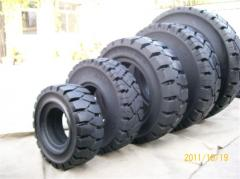 Tires for dump trucks
